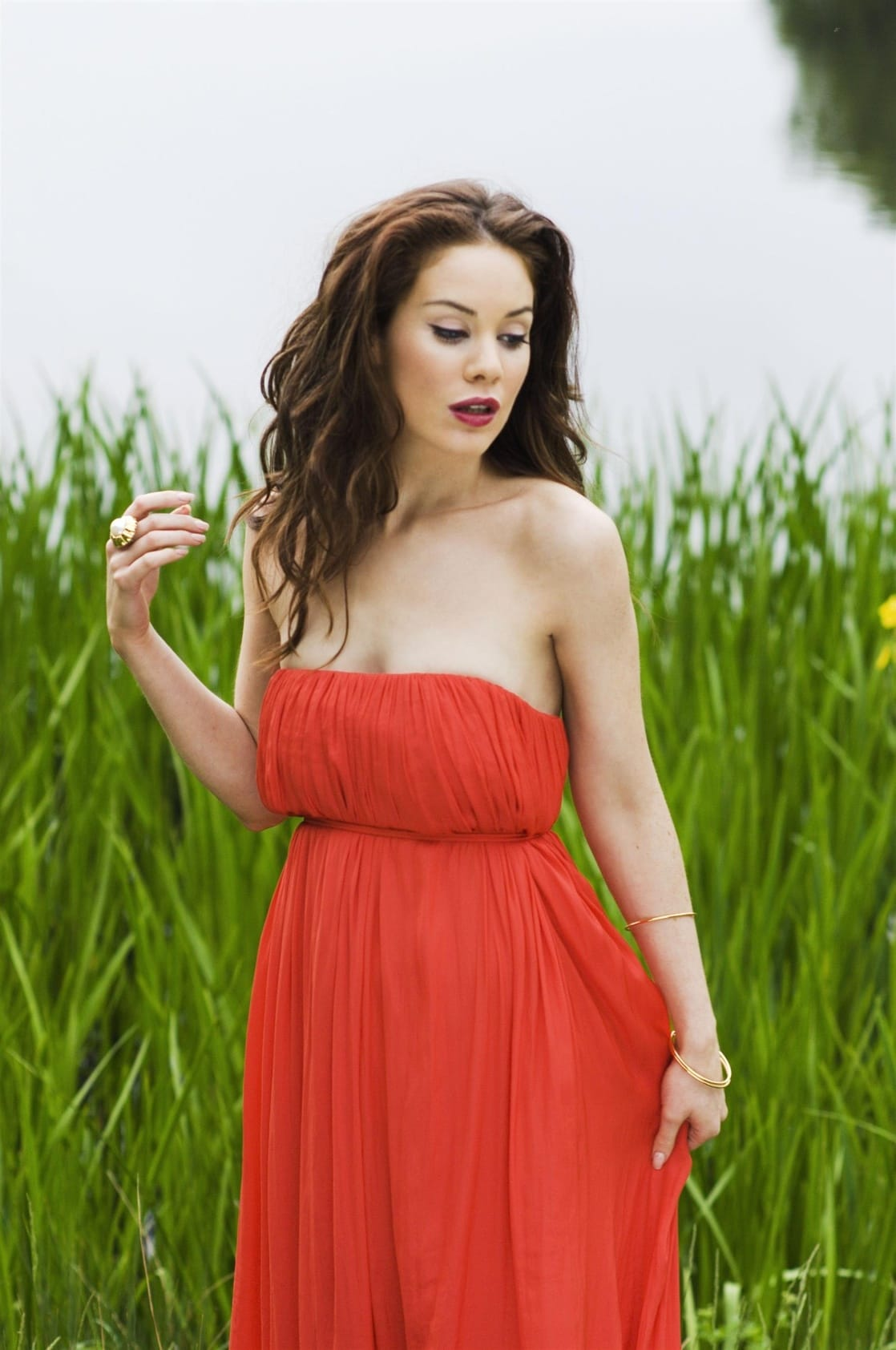 Roxanne McKee Hot Photoshoot