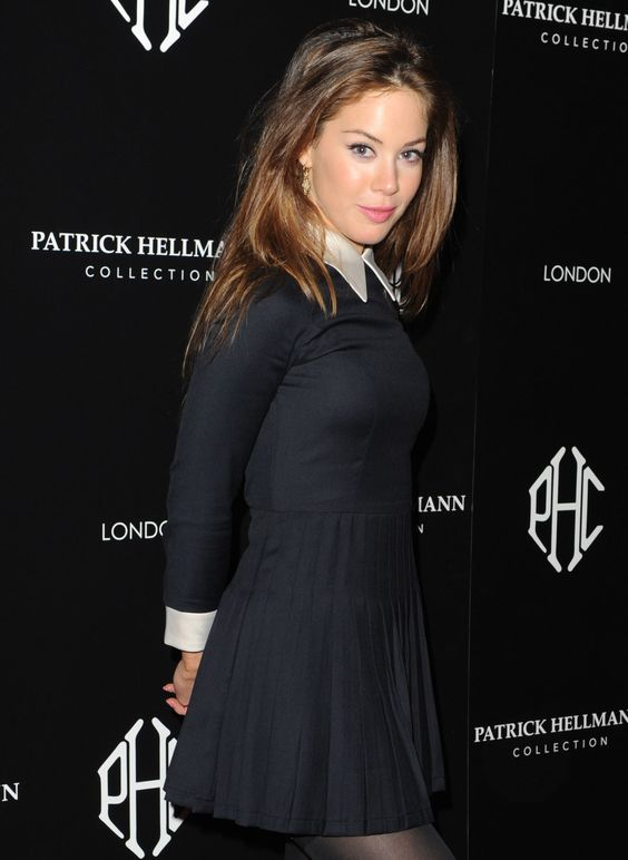 Roxanne McKee Hot in Black Dress