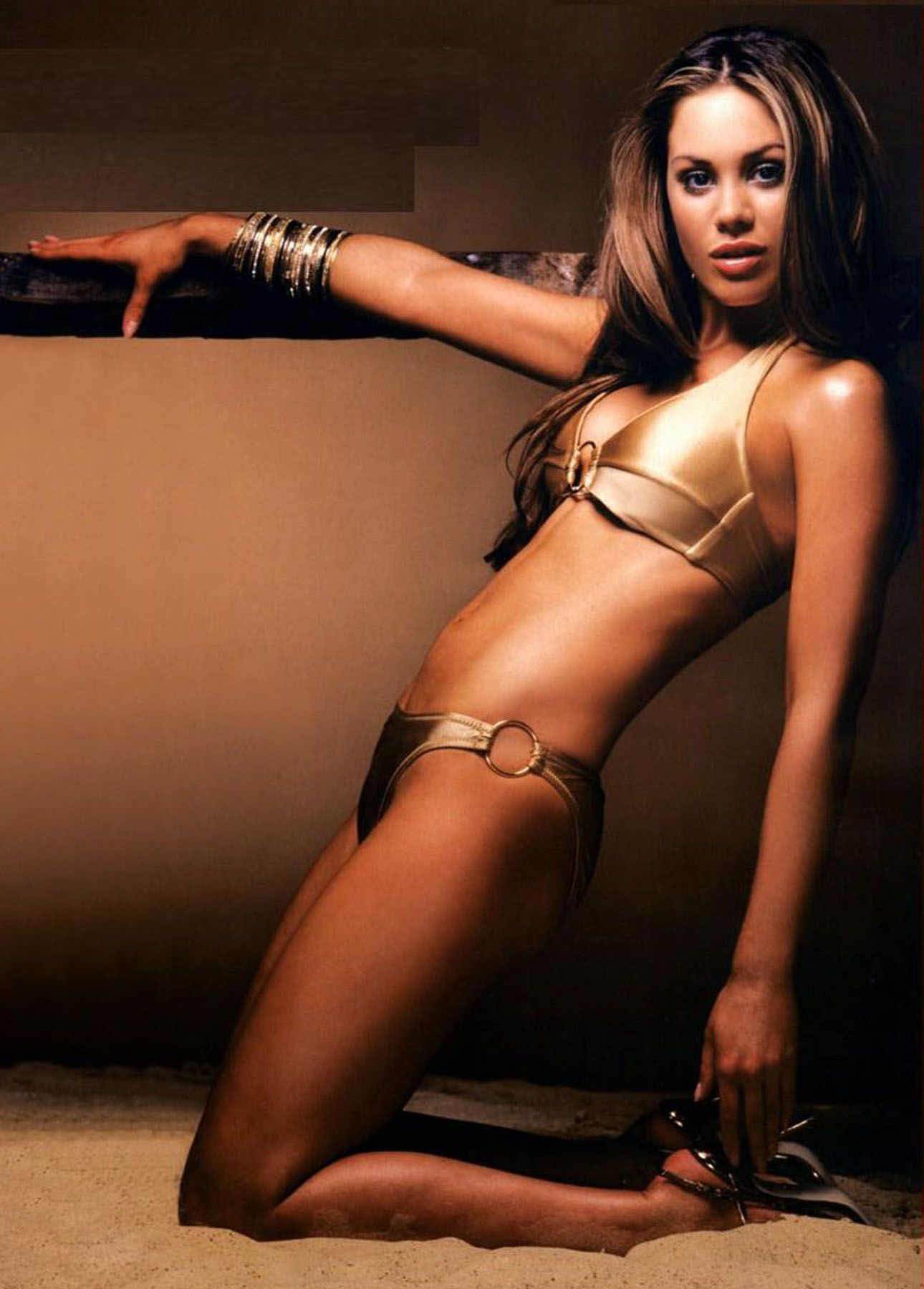 Roxanne McKee Hot in Golden Bikini
