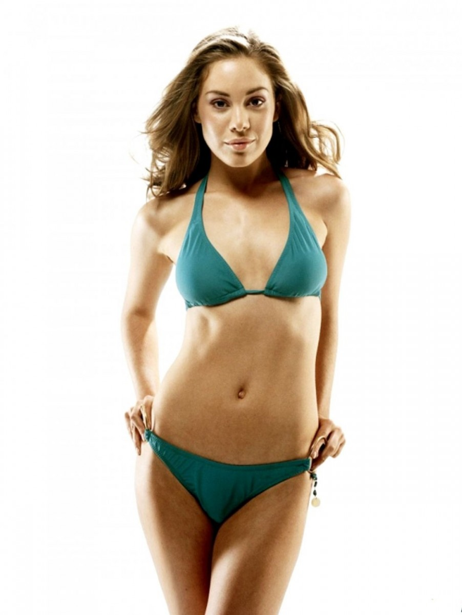 Roxanne McKee Hot in Green Bikini