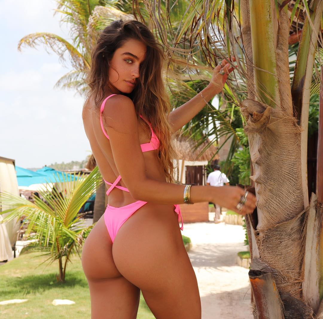 Sommer Ray Sexy in Pink Bikini