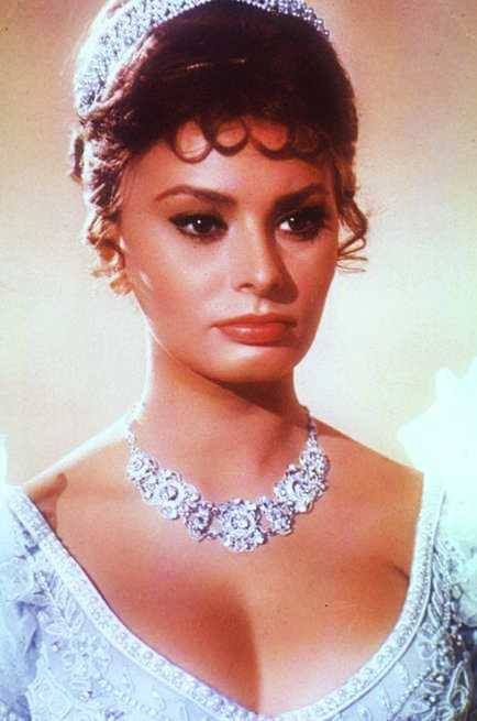 Sophia Loren Beautifull Necklace