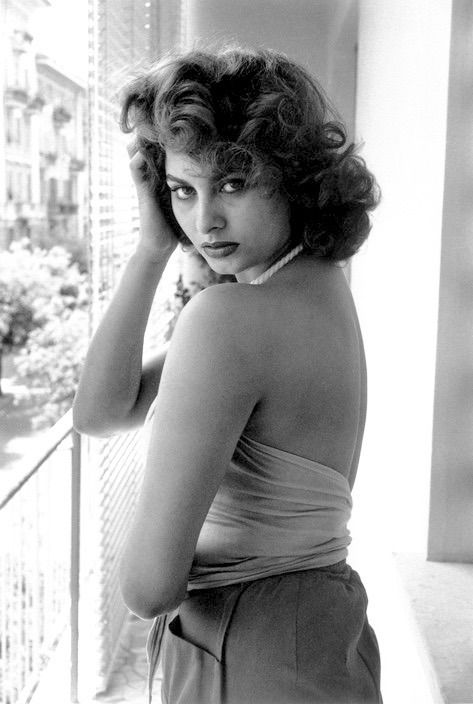 49 Hot Pictures Of Sophia Loren Which Will Make You Restless-3268