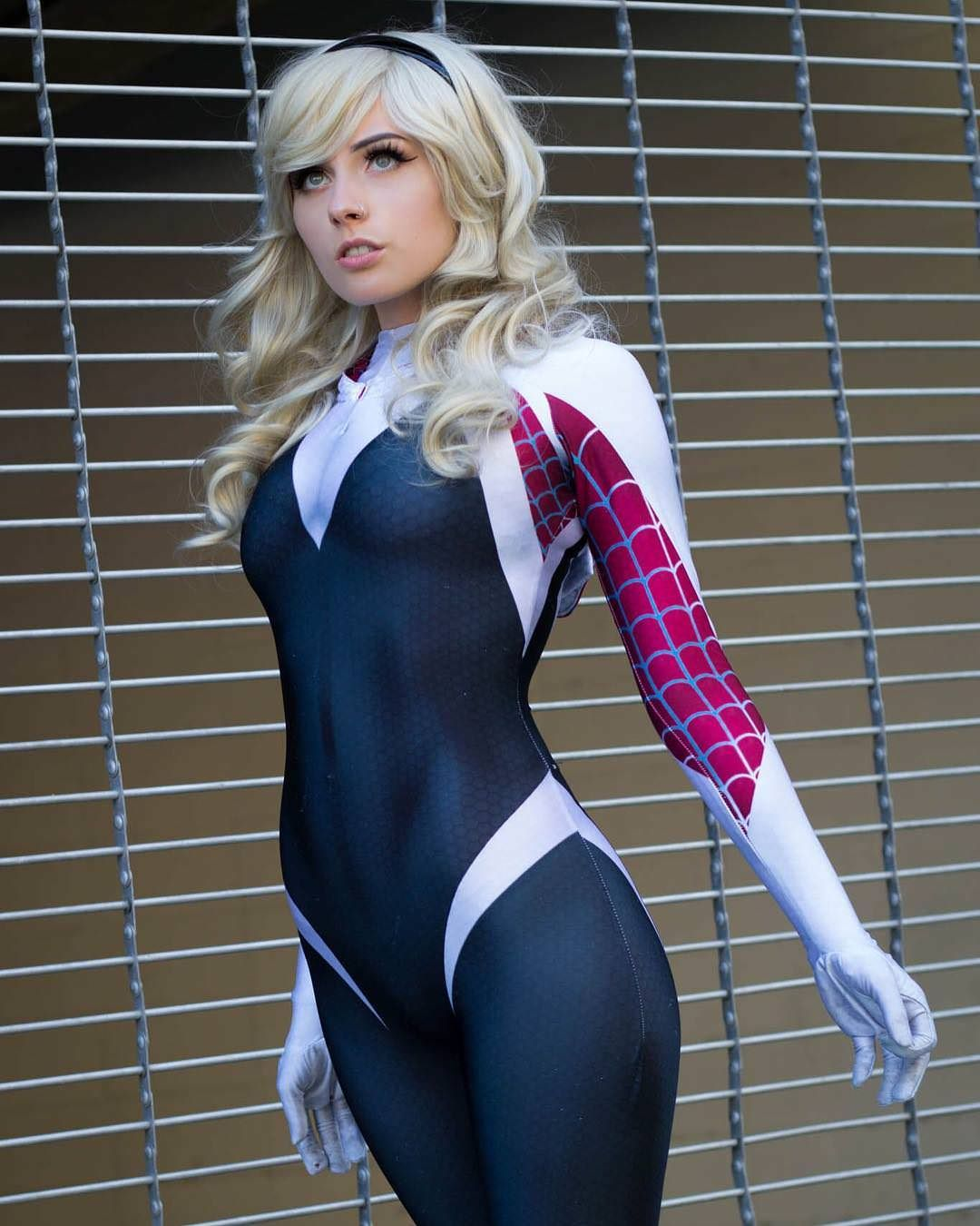 Spider Gwen sexy photos