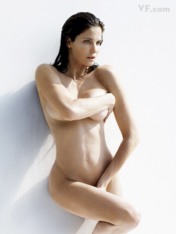 Stephanie Seymour sexy women picture