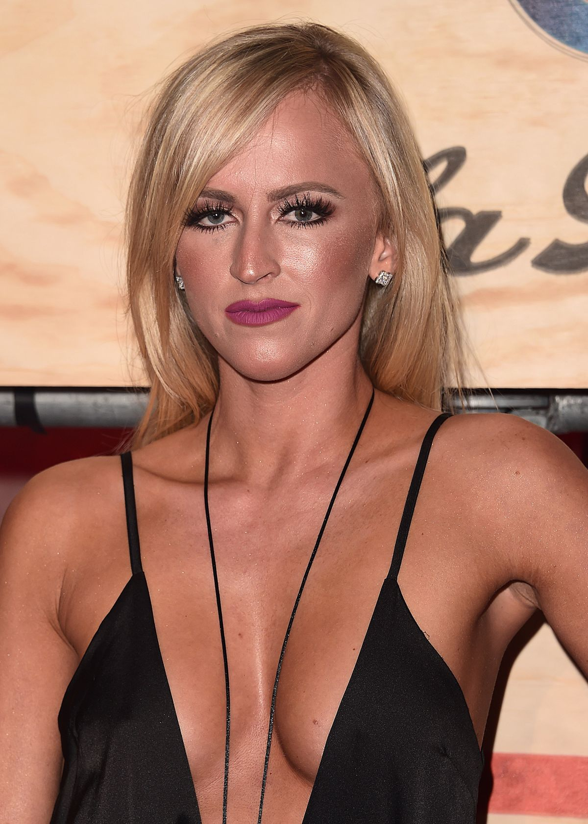 Summer Rae Sexy Boobs Pictures in Black Dress