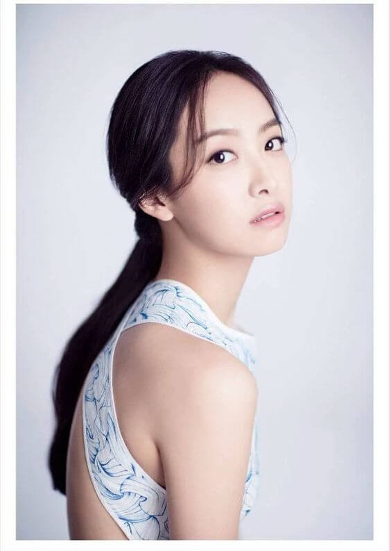 Victoria Song sexy pic