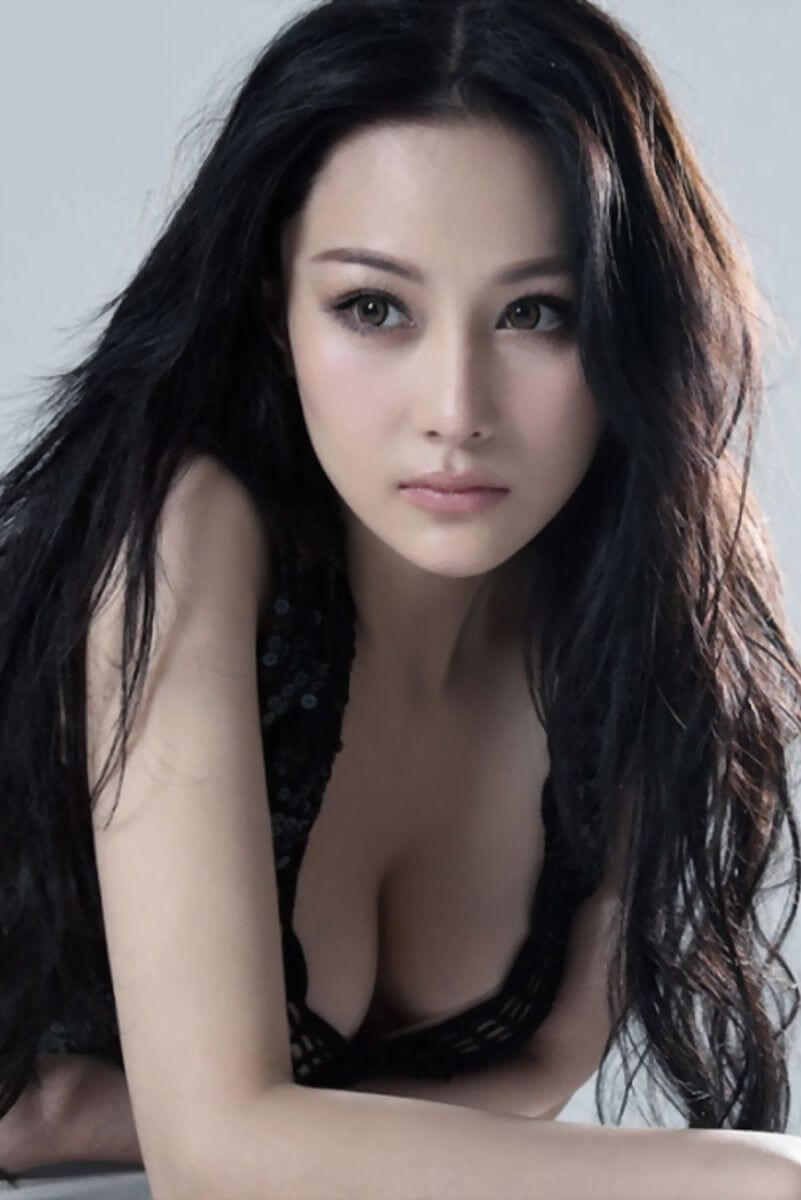 Zhang Xinyu hot cleavages pic