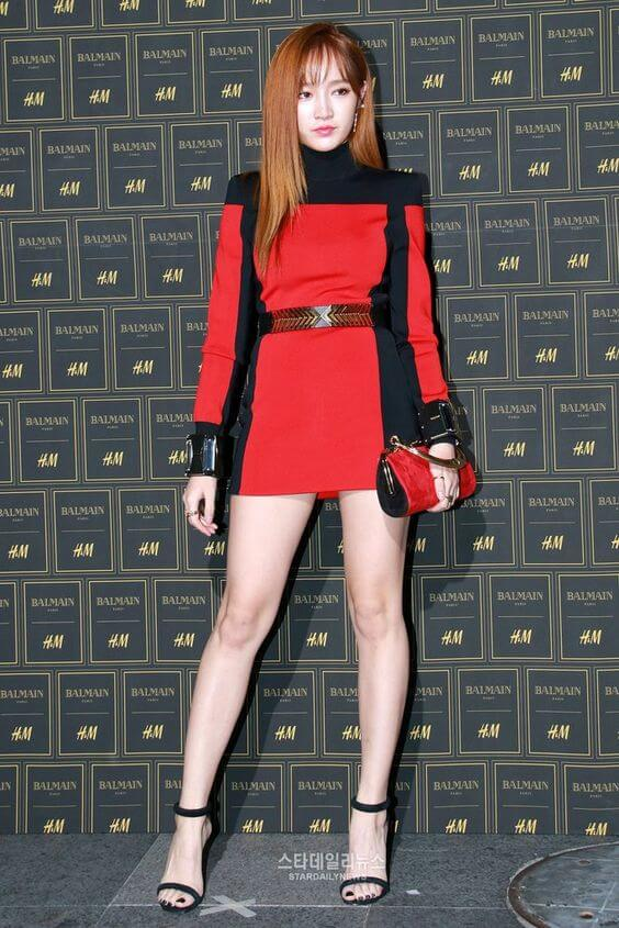 meng jia awesome legs