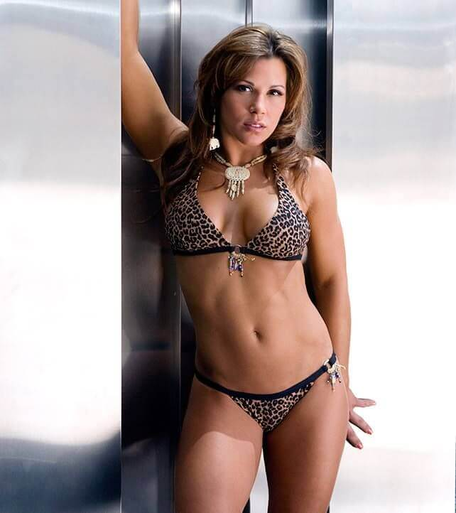 mickie james hot busty photo