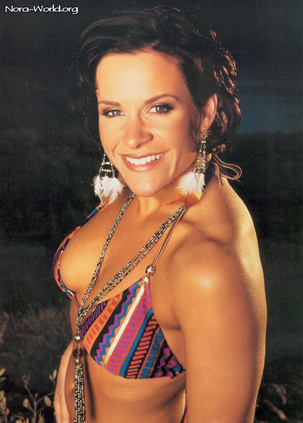 molly holly hot cleavages