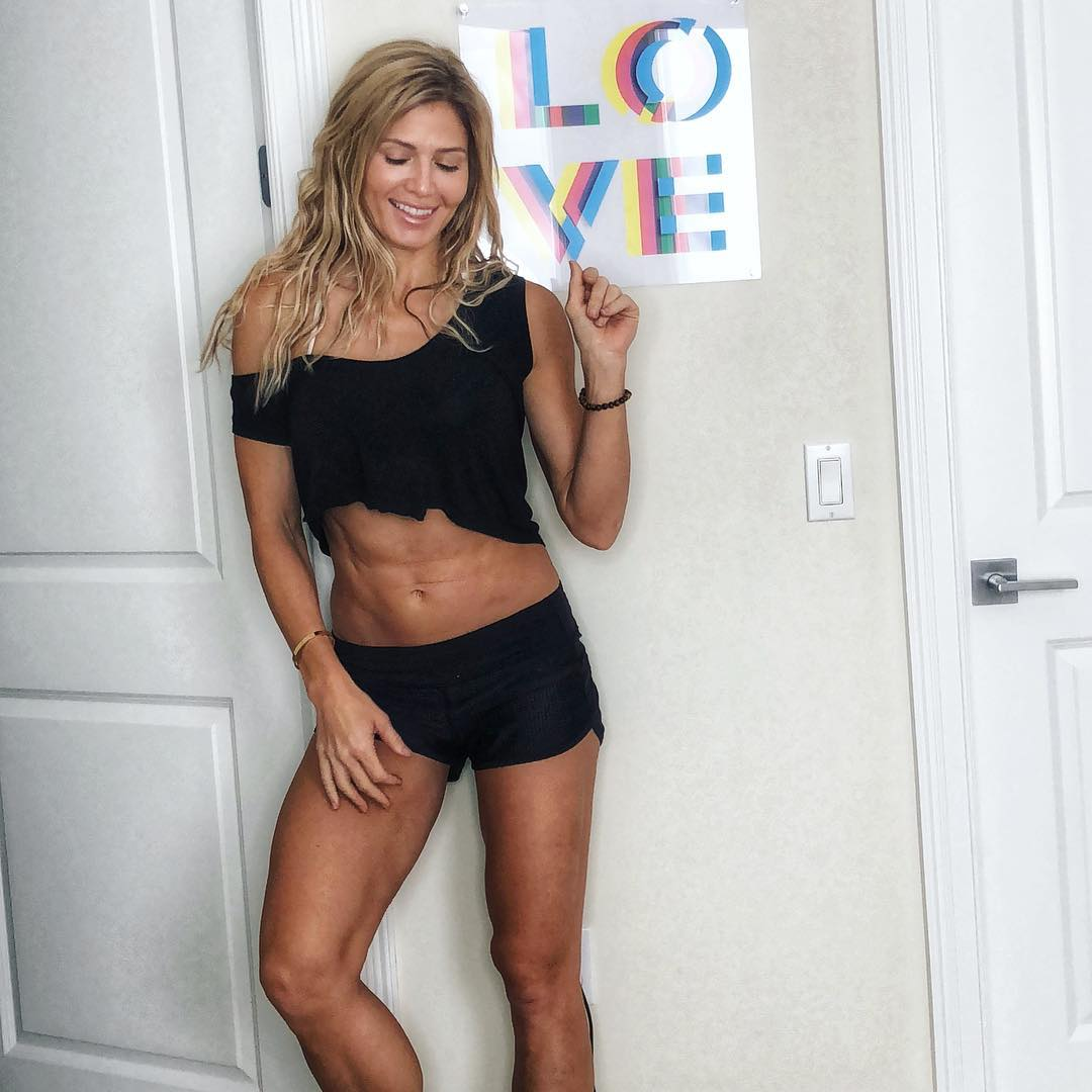 torrie wilson awesome pic