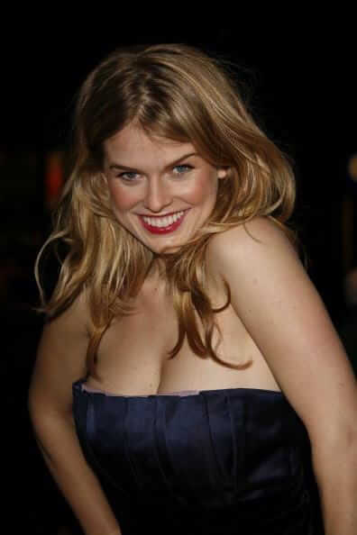 Alice Eve beautiful pics