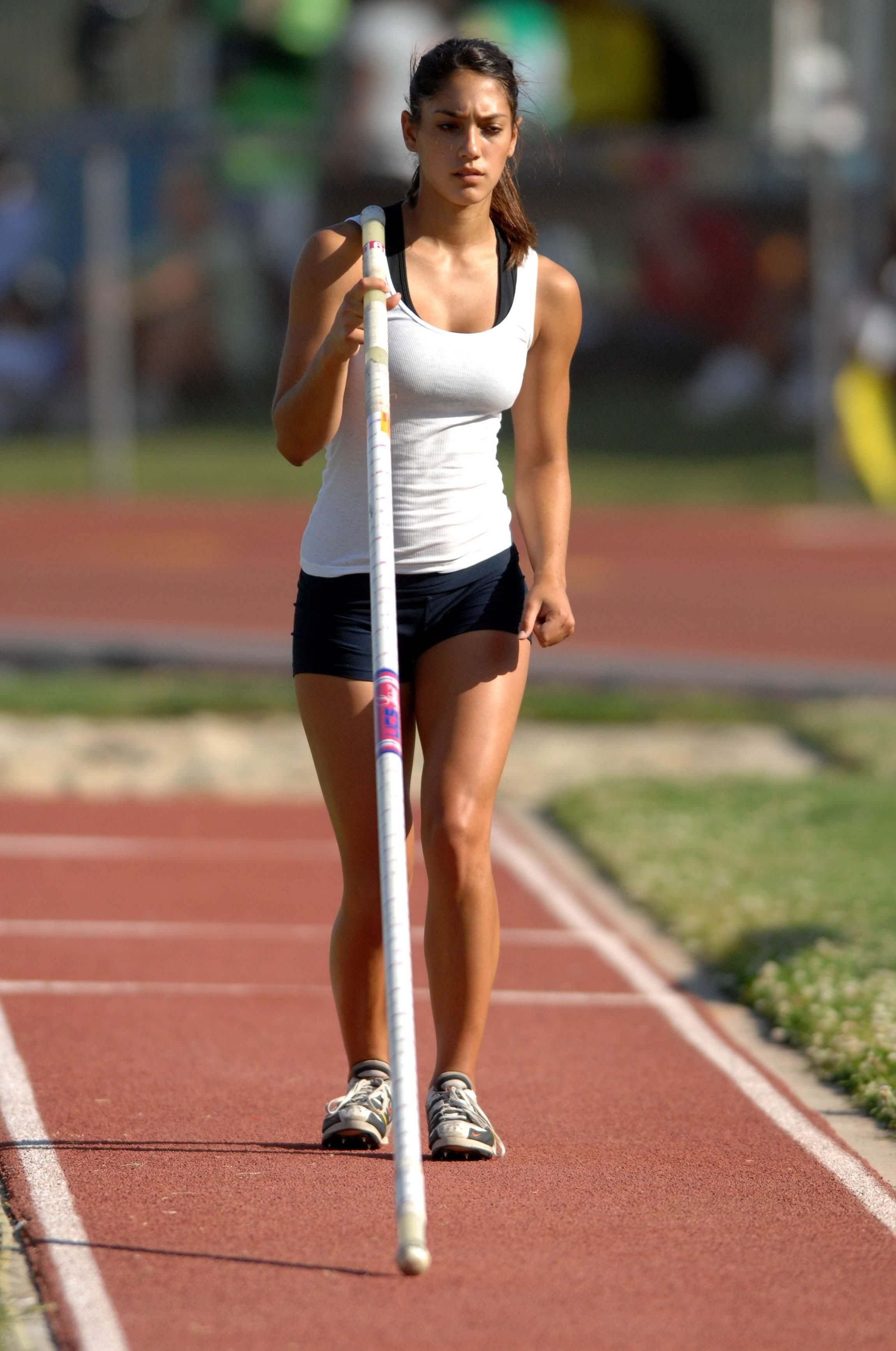 Allison Stokke hot athlete