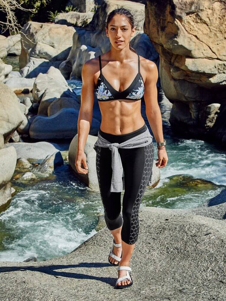 Allison Stokke sexy black look