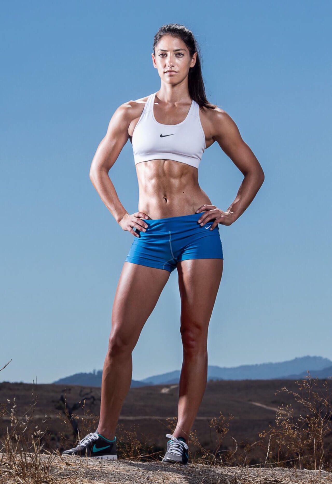 Allison Stokke thigh pic