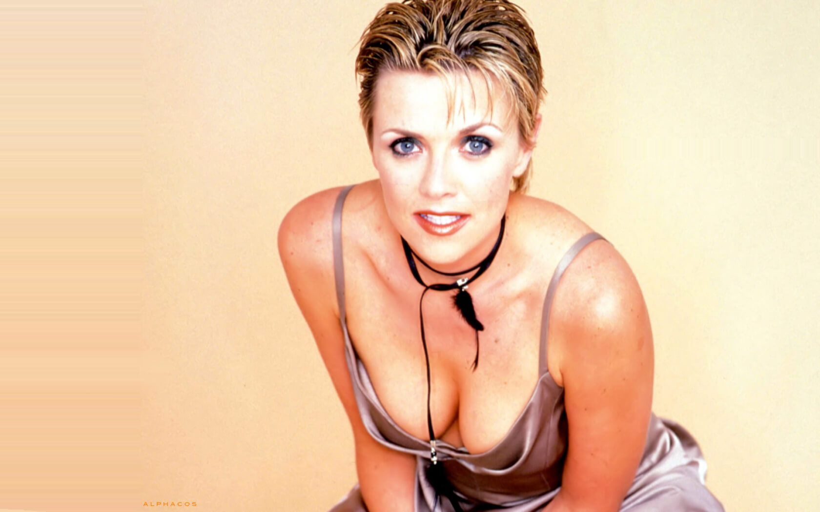 Amanda Tapping Sexy Cleavage