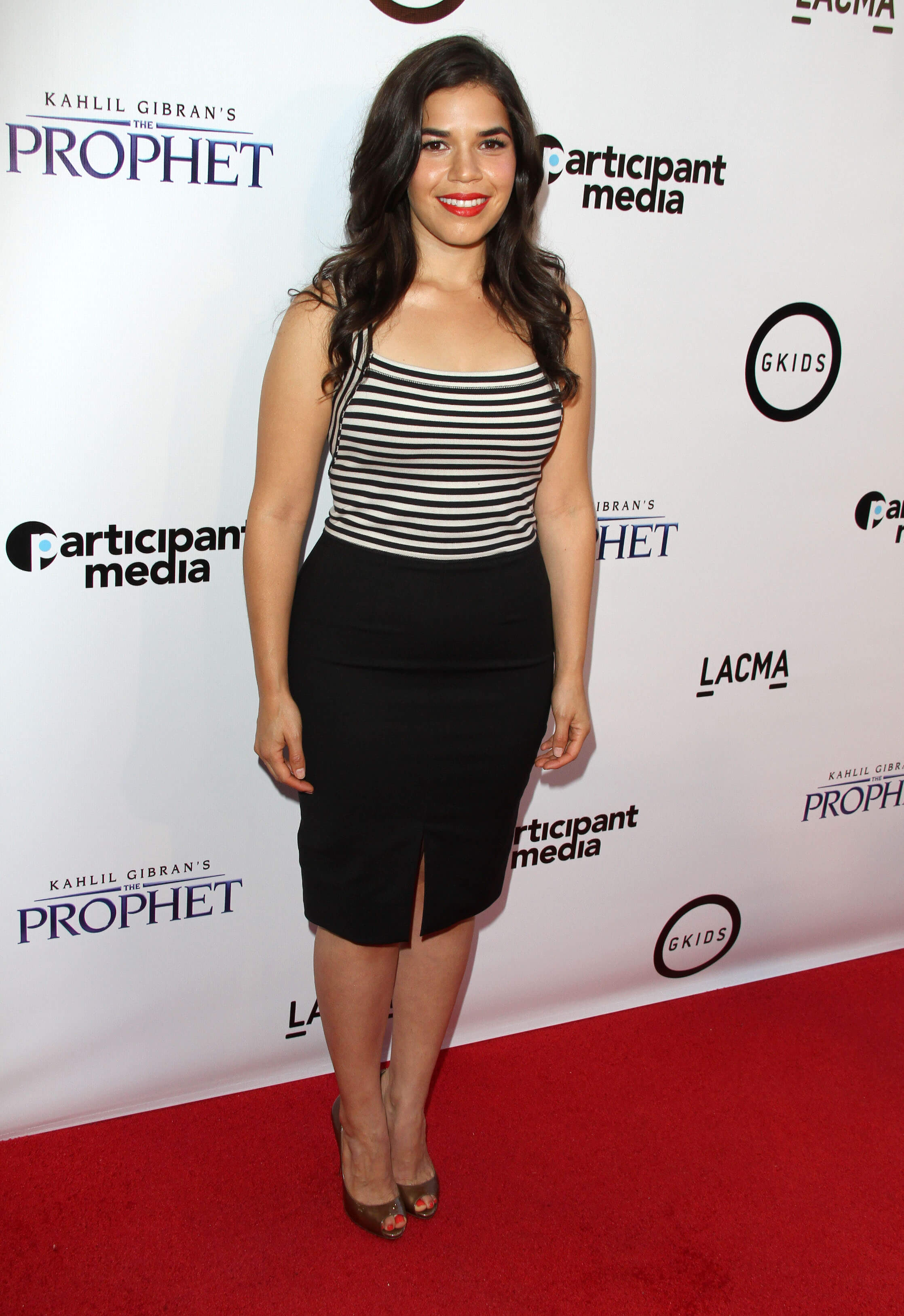 America Ferrera awesome dress pics