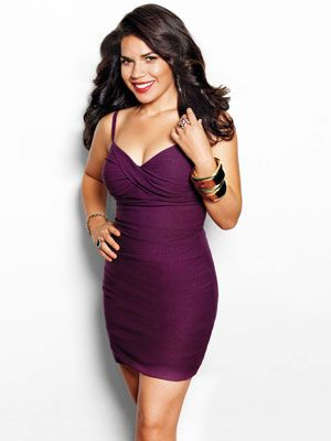 America Ferrera hot cleavages (2)