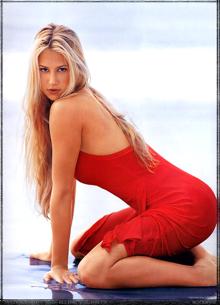 Anna Kournikova sexy red dress