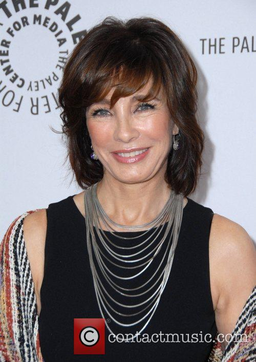 60+ Hot Pictures Of Anne Archer Which Will Make You Drool For Her