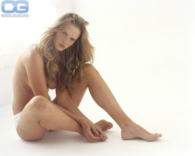 Anne Vyalitsyna hot women photo