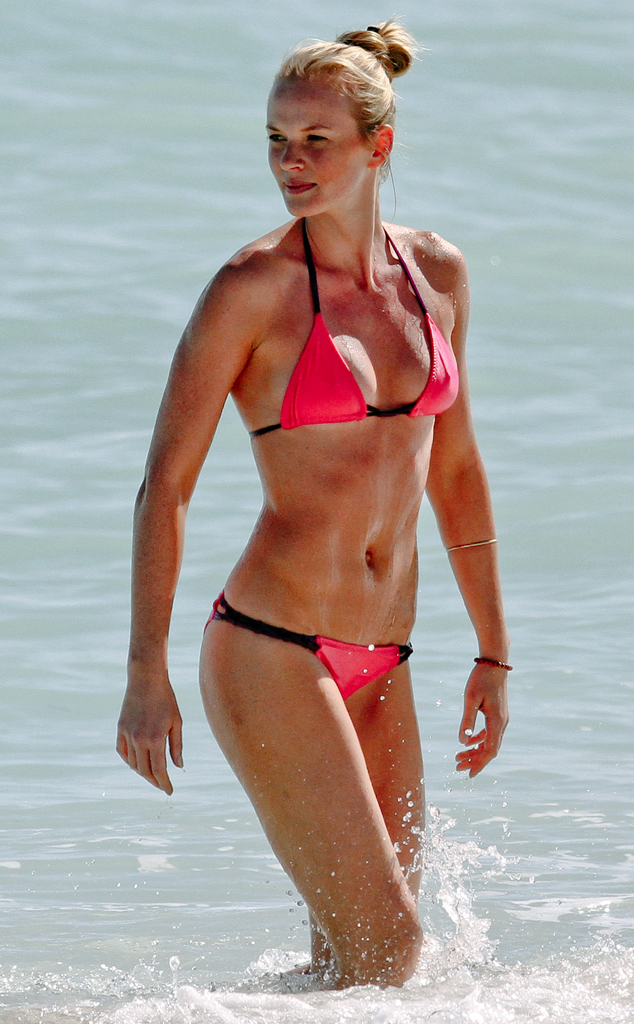 Anne Vyalitsyna hot women picture