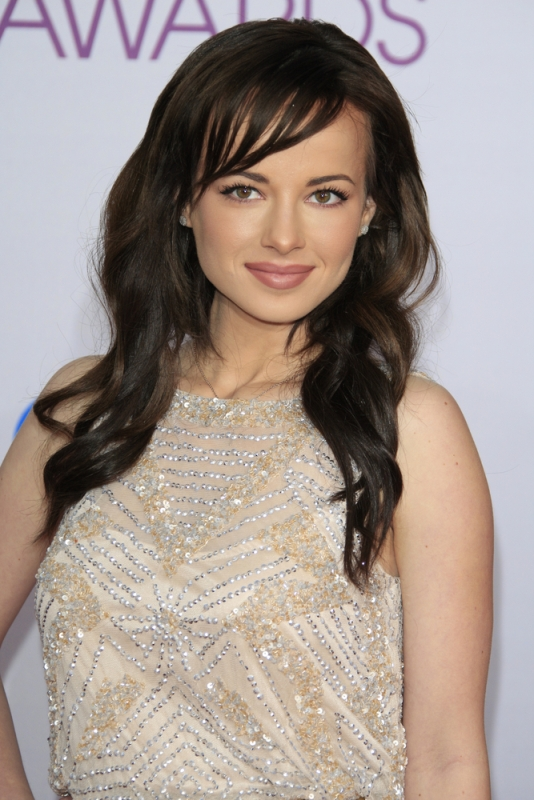 Ashley Rickards damm sexy picture