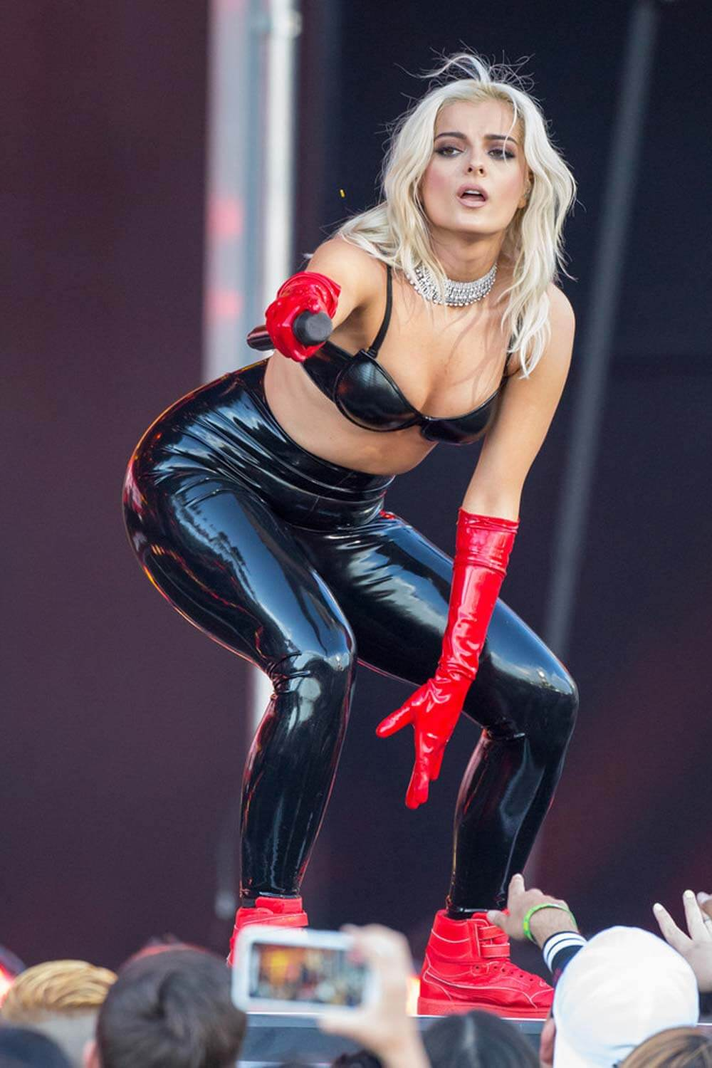 Bebe Rexha hot look
