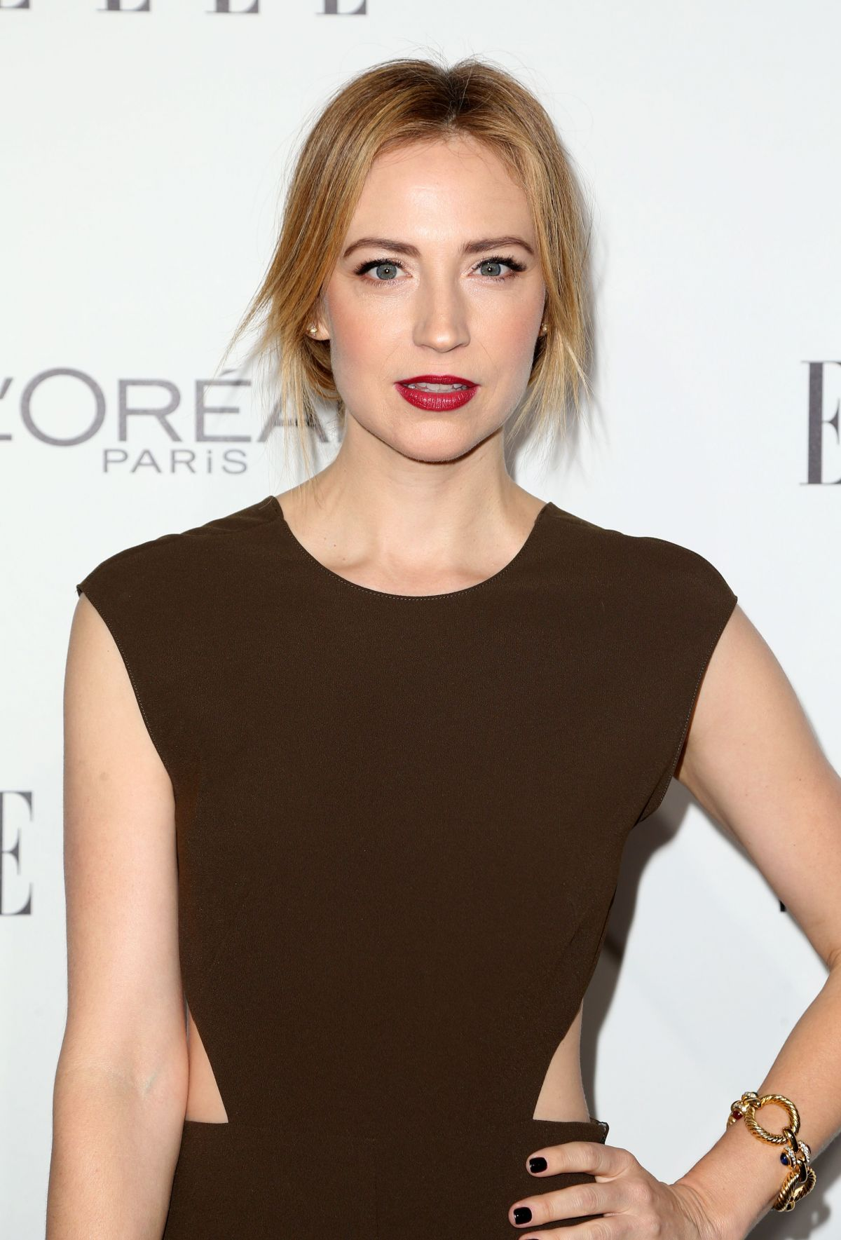 Beth Riesgraf too sexy picture