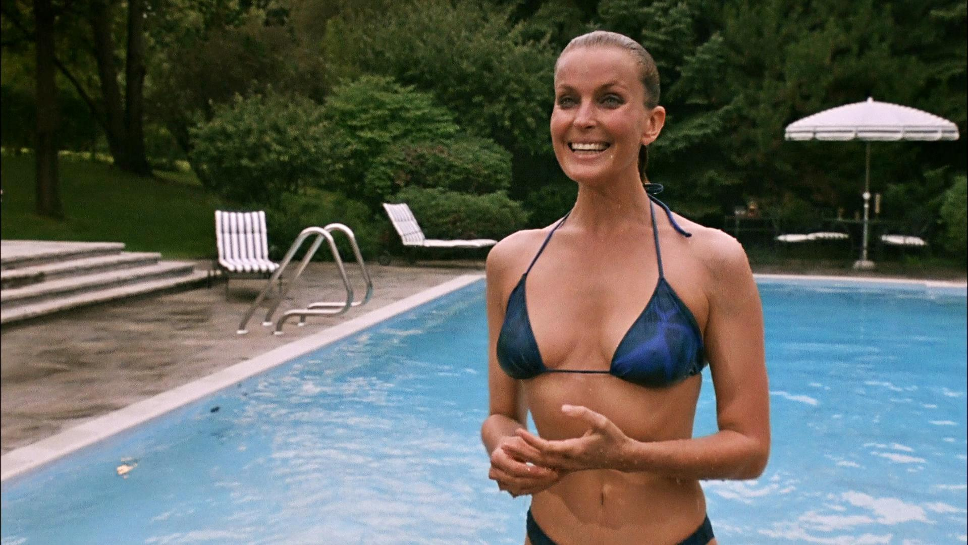 Bo Derek hot lady picture