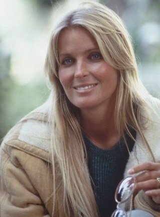 Bo Derek very sexy photo