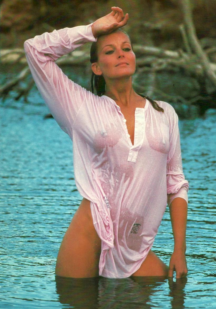 Bo Derek very sexy picture