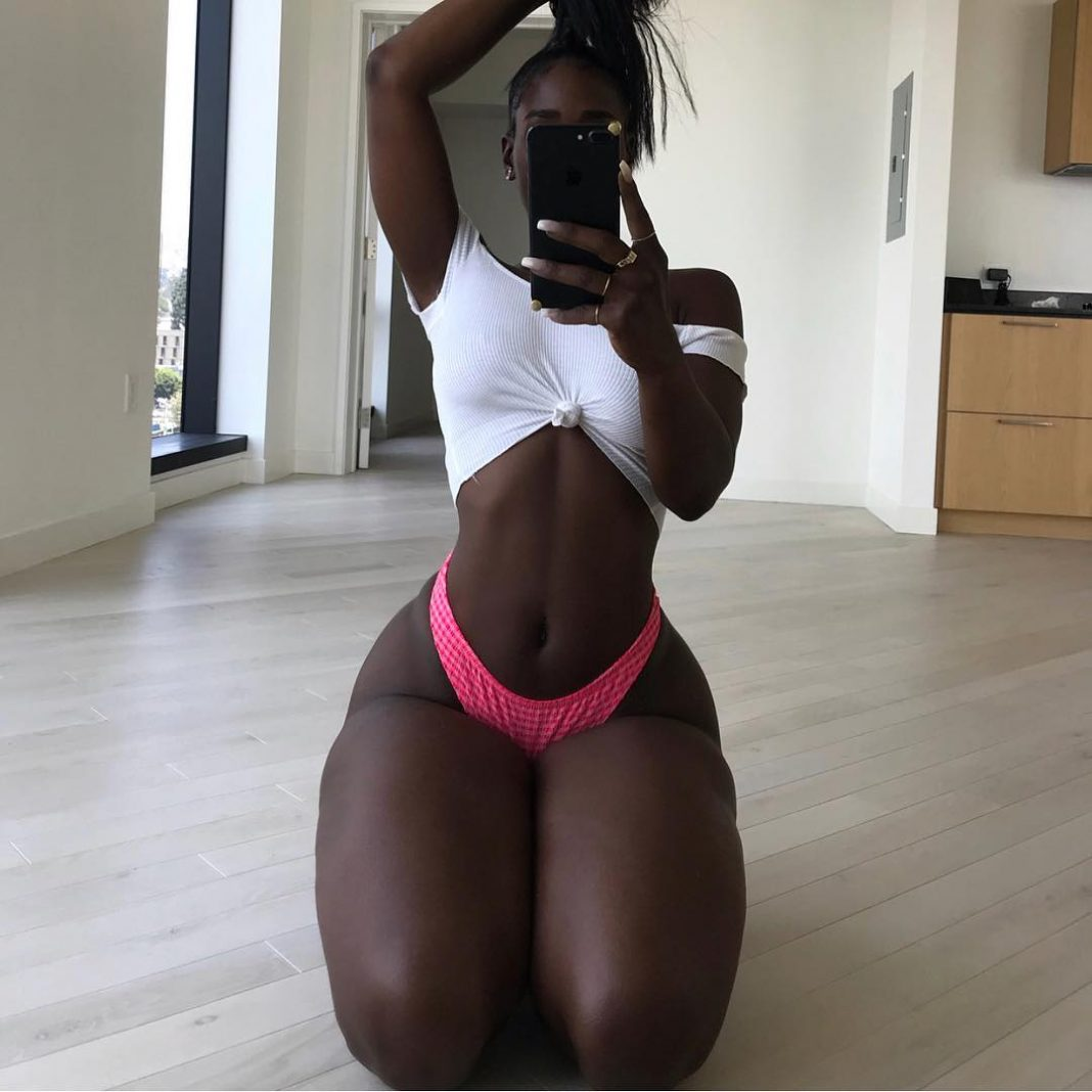Any white girls out there blessed with a black girl booty
