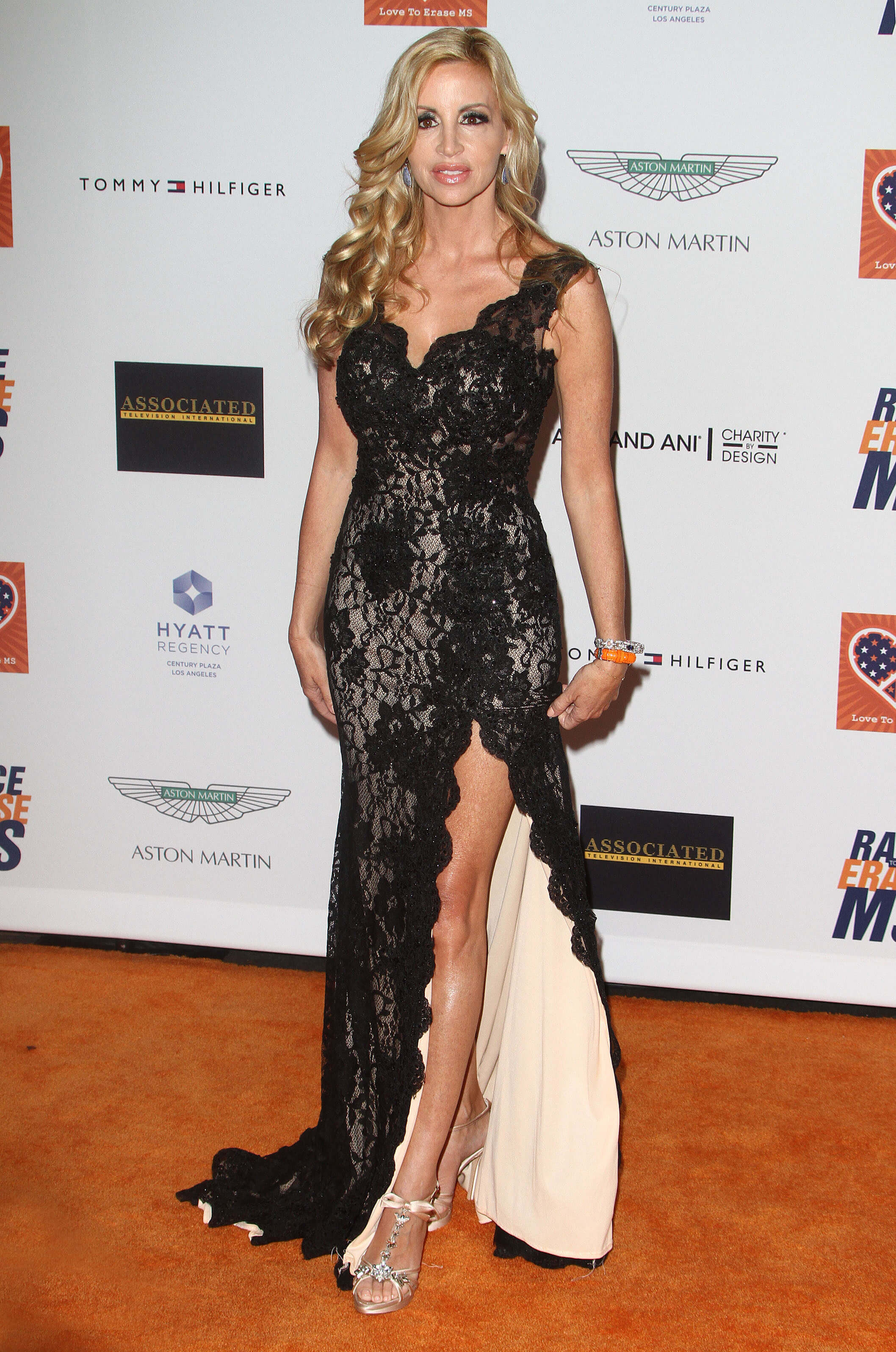 Camille Grammer feet awesome