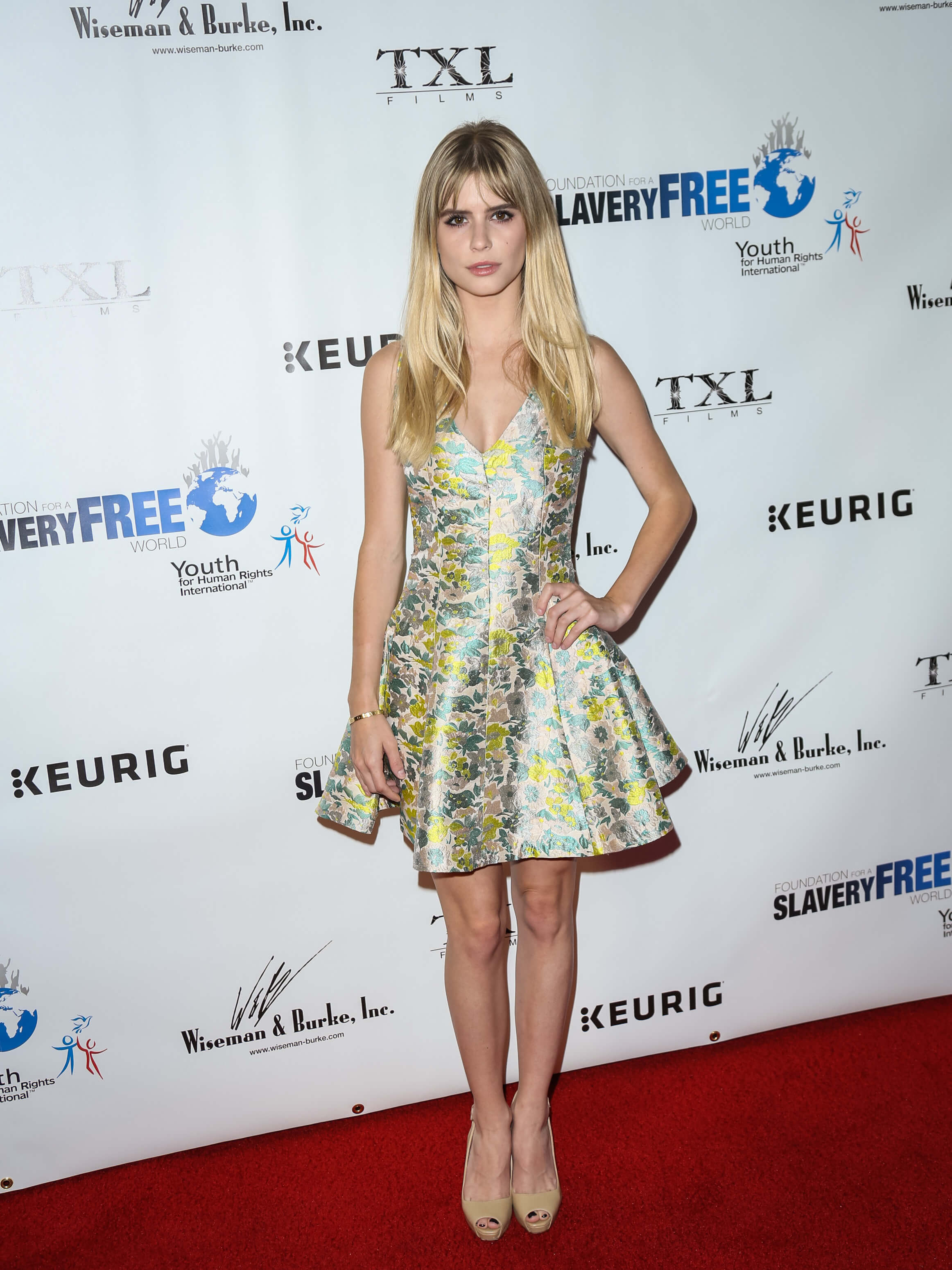 Is a cute Carlson Young nudes (59 foto and video), Ass, Fappening, Feet, swimsuit 2018
