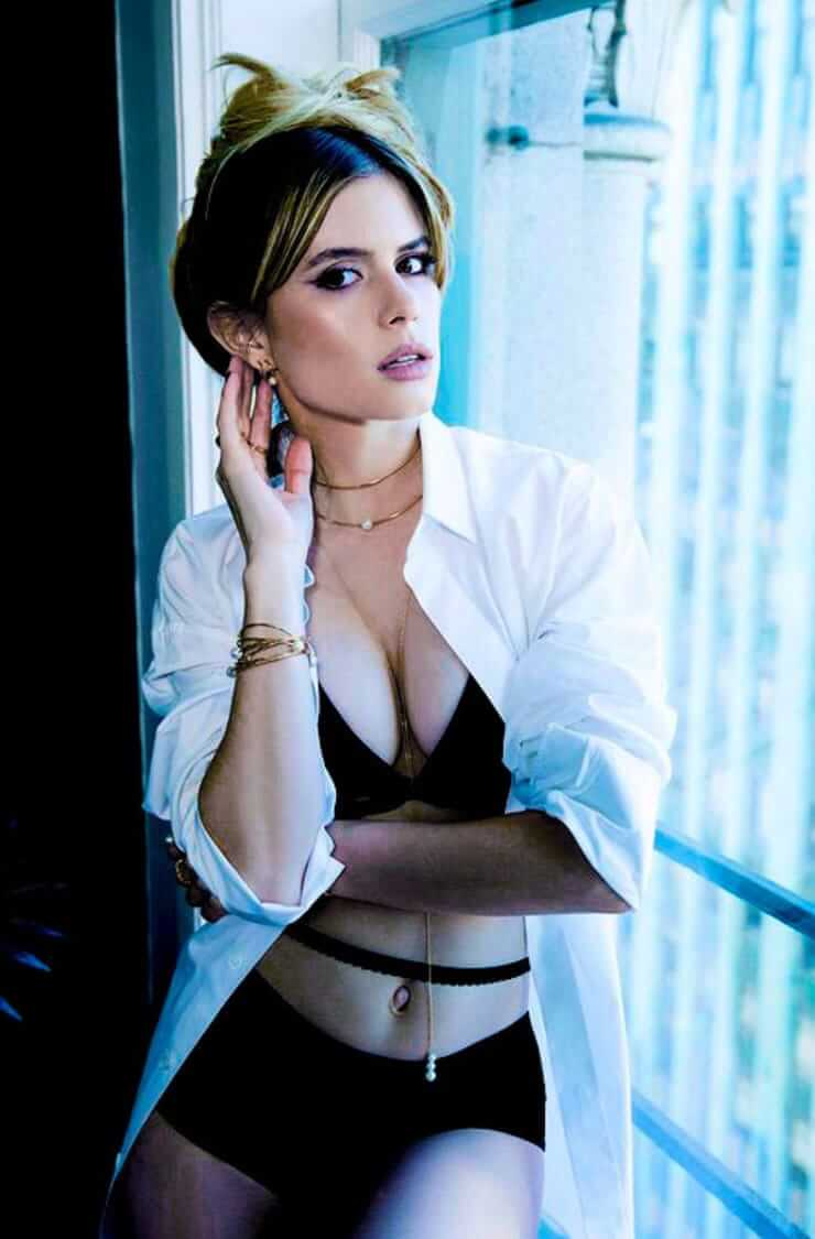 Is a cute Carlson Young nudes (69 photo), Pussy, Is a cute, Feet, braless 2015