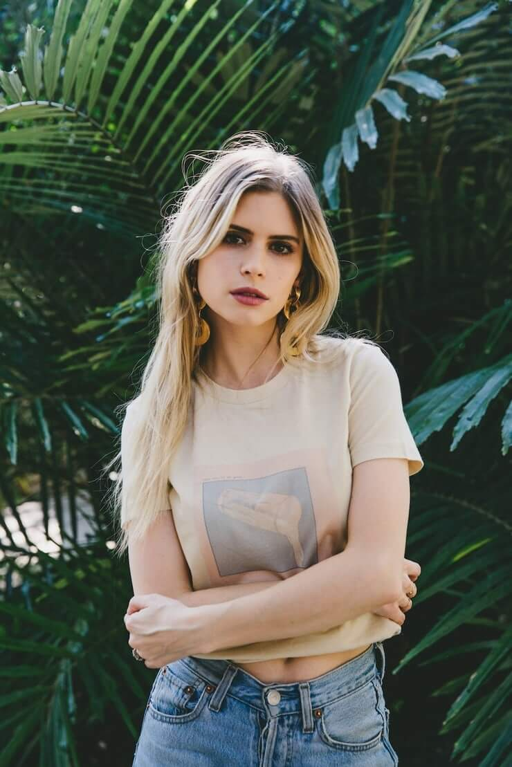 Is a cute Carlson Young nude (91 foto and video), Topless, Hot, Boobs, in bikini 2018