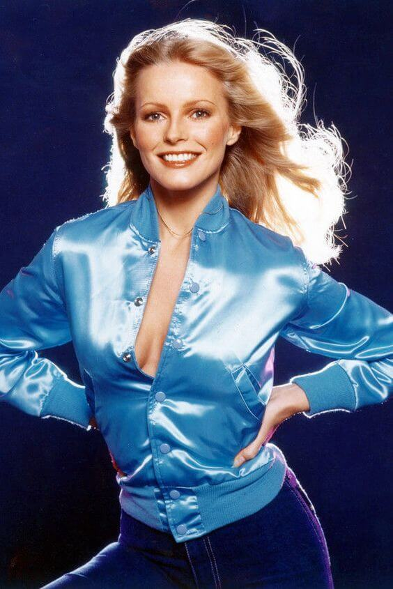 Cheryl Ladd hot cleavges pic