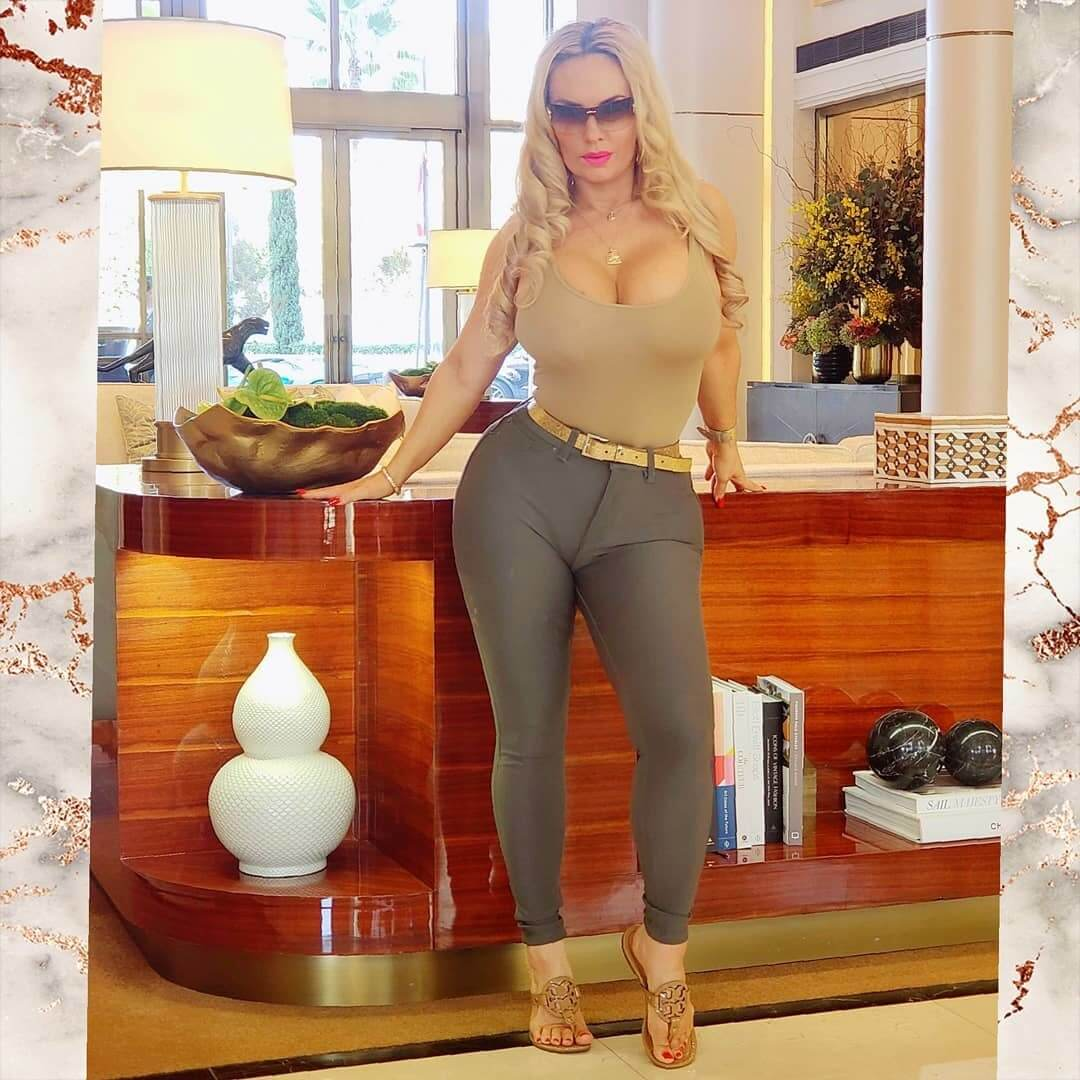 Coco Austin hot look pic