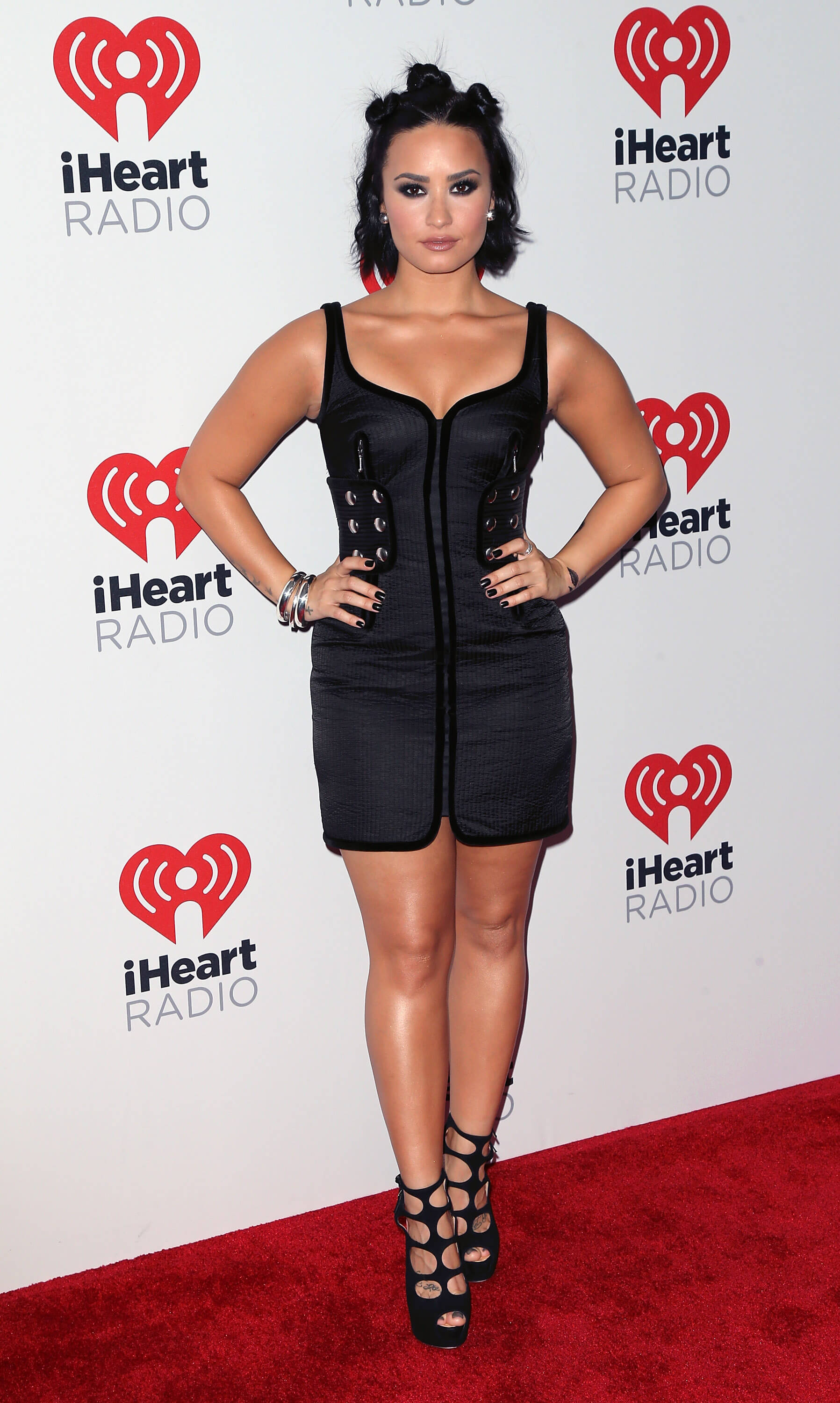 Demi Lovato black awesome dress