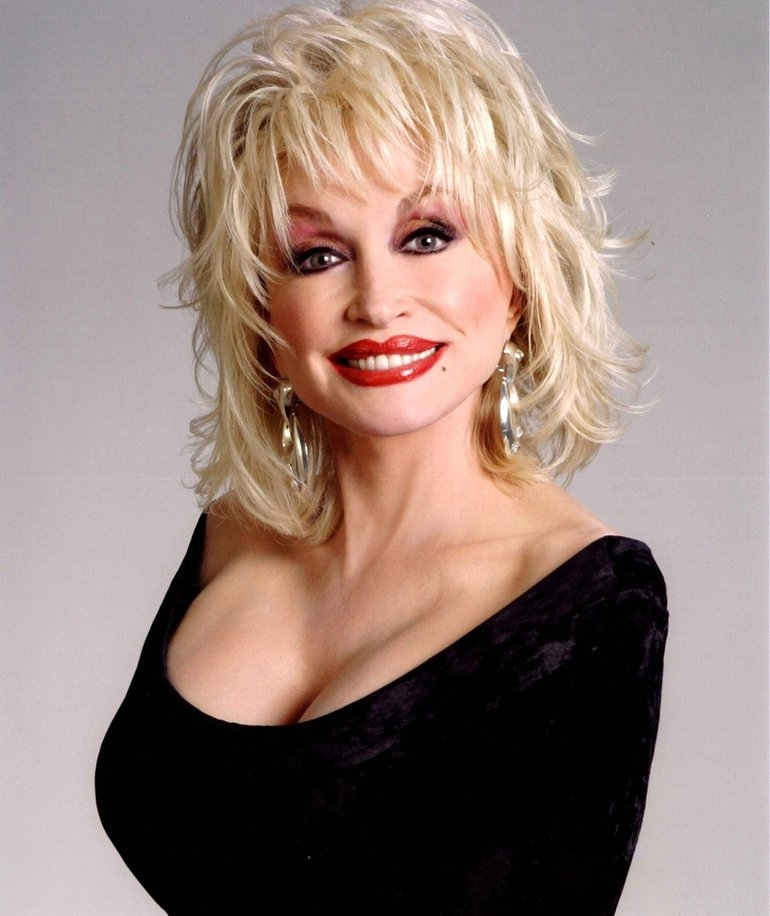 Dolly Parton Red Lips Pics