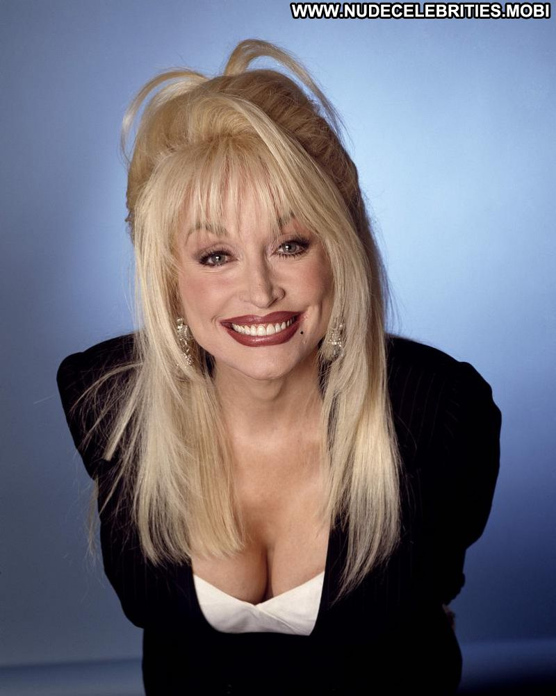 49 Sexy Dolly Parton Boobs Pictures Which Will Make You -7583