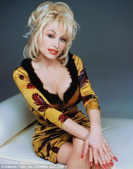 Dolly Parton Sexy Boobs Photo