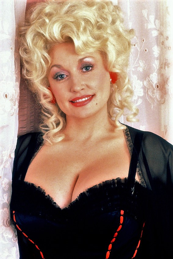 Dolly Parton Sexy Boobs Pics