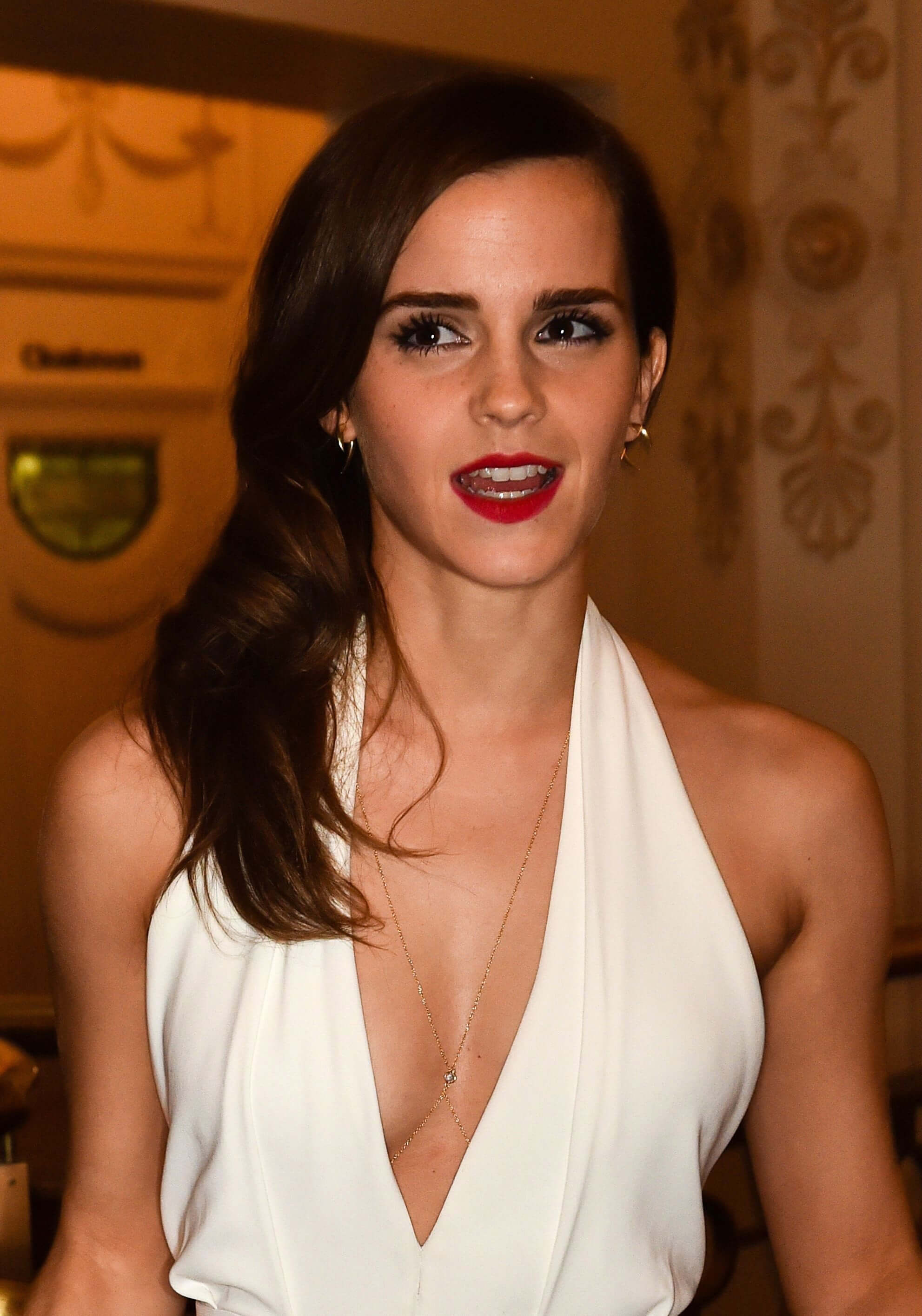 Emma Watson hot cleavage photo
