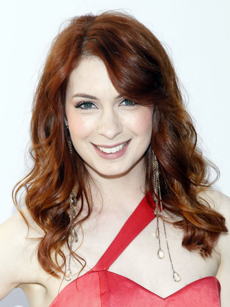 Felicia Day hot smile pic