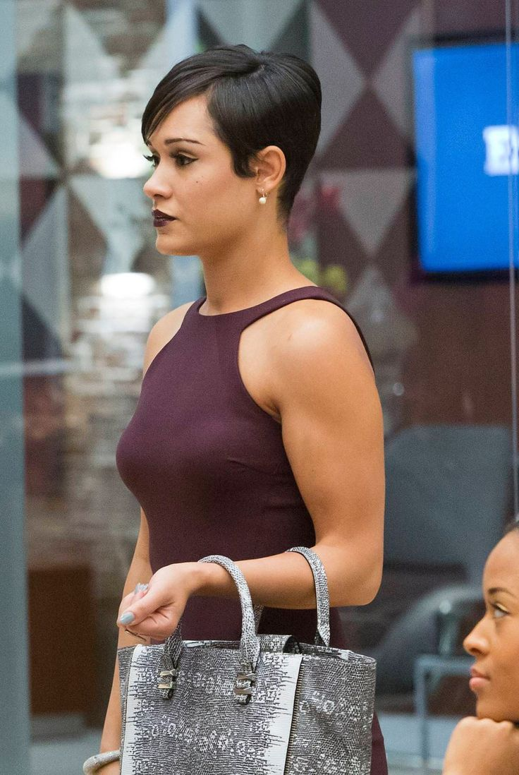 Grace Gealey awesome dress 1
