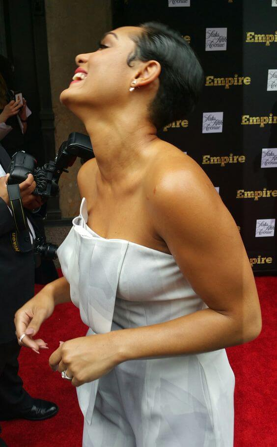 Grace Gealey cleavages sexy pic