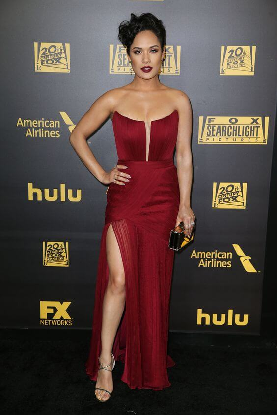 Grace Gealey feet sexy